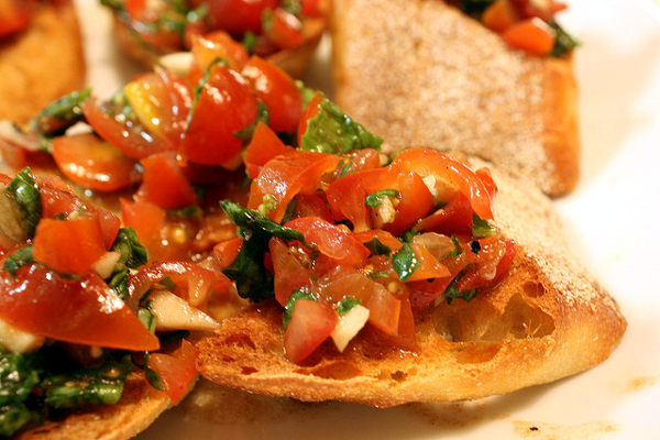 Easy Bruschetta Recipe The Baguette You Wont Forget   The Be Well